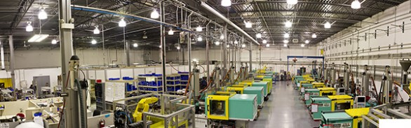 Reshoring Initiative - Injection Molding - medical devices - Dynomax - USA - McLaren Photographic - industrial photography